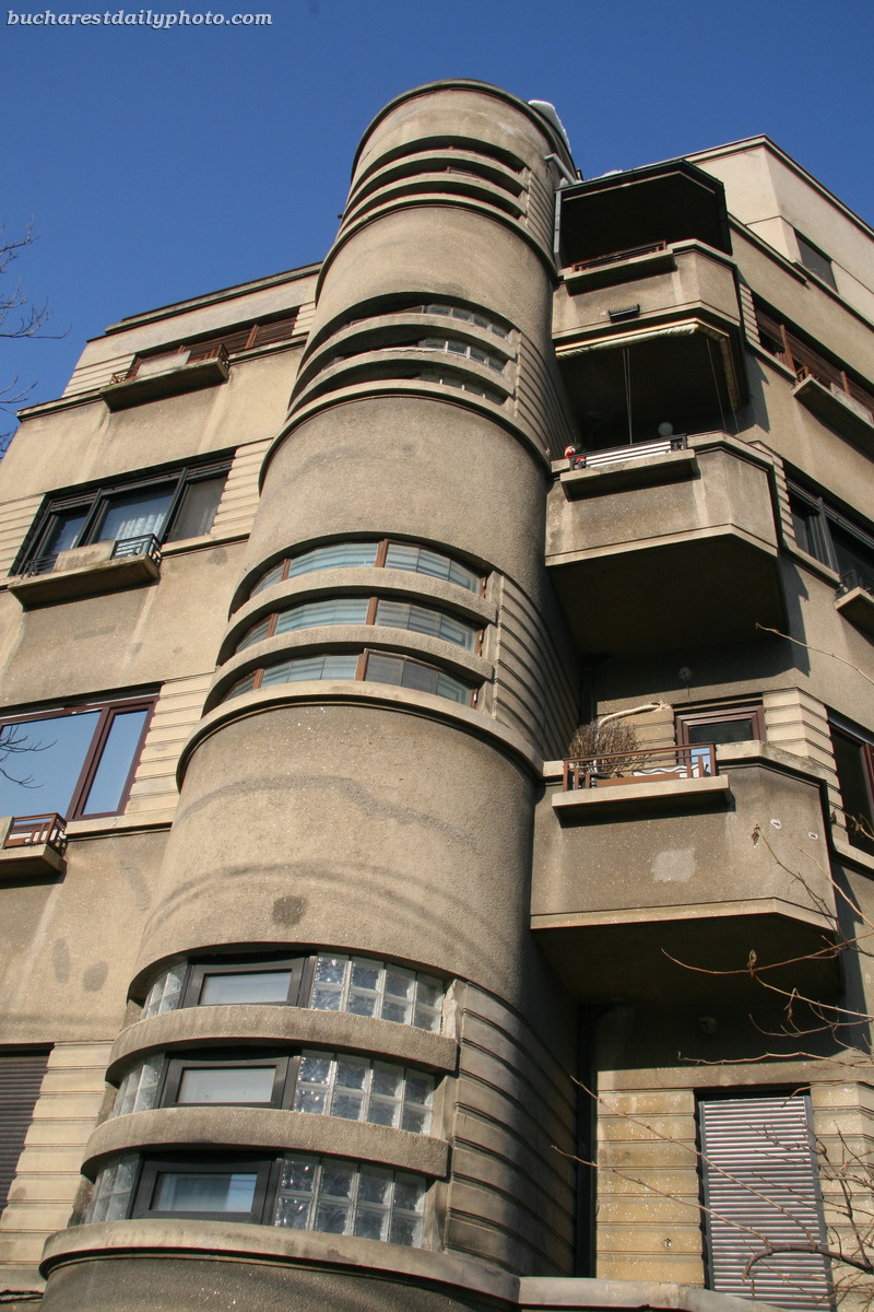 between the wars architecture bucharest daily photo